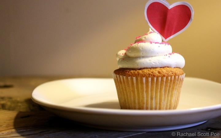 Almond Amaretto Cupcakes
